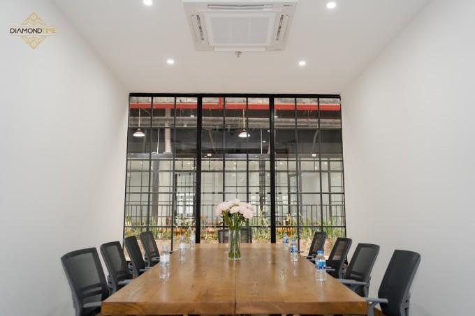 Phòng làm việc riêng tại Tiktak Coworking Space.
