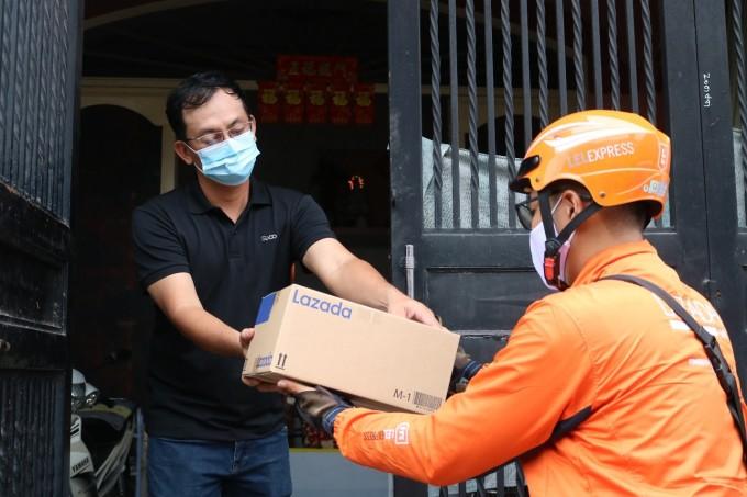 Sức mạnh logistics ngày càng được nâng cao, Lazada hướng đến giao hàng trong ngày với chi phí thấp hàng đầu thị trường trong năm 2021. Ảnh: Lazada Việt Nam.