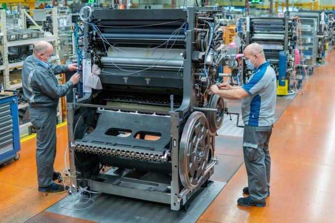 Công nhân làm việc tại nhà máy của Heidelberger Druckmaschinen. Ảnh: Heidelberger Druckmaschinen