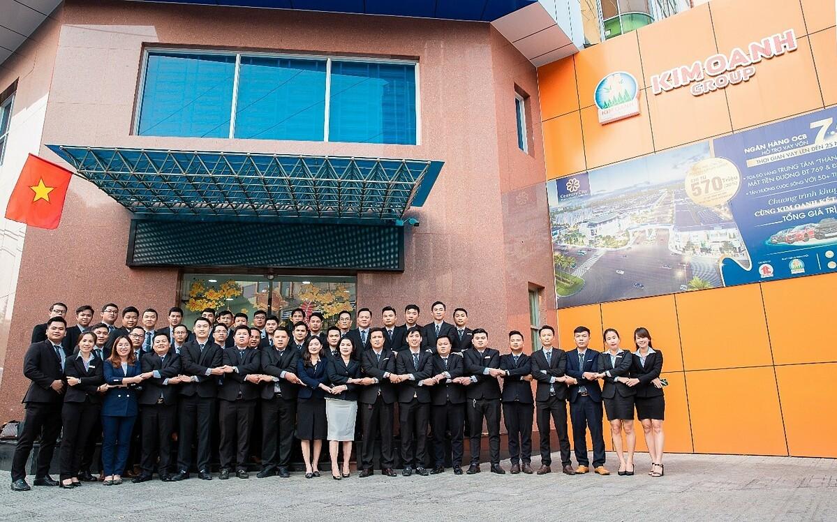 Ban lãnh đạo cùng toàn thể nhân viên Kim Oanh Group sẵn sàng bứt phá mục tiêu mới.