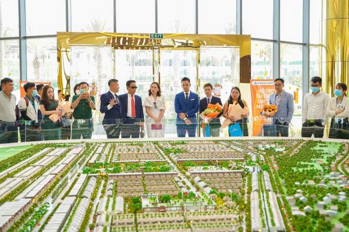 Nhà điều hành là hạng mục đầu tiên tại Gem Sky World được đưa vào hoạt động vào tháng 11/2020. Ảnh: Hoàng Nam.