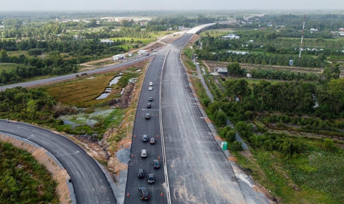 Dự án cao tốc Trung Lương - Mỹ Thuận. Ảnh: Quỳnh Trần.