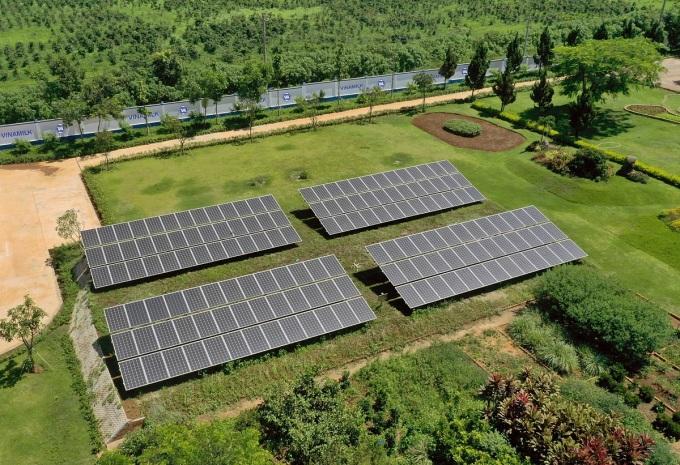 Hệ thống năng lượng mặt trời tại trang trại Vinamilk Organic Đà Lạt. (Nguồn: Vinamilk)