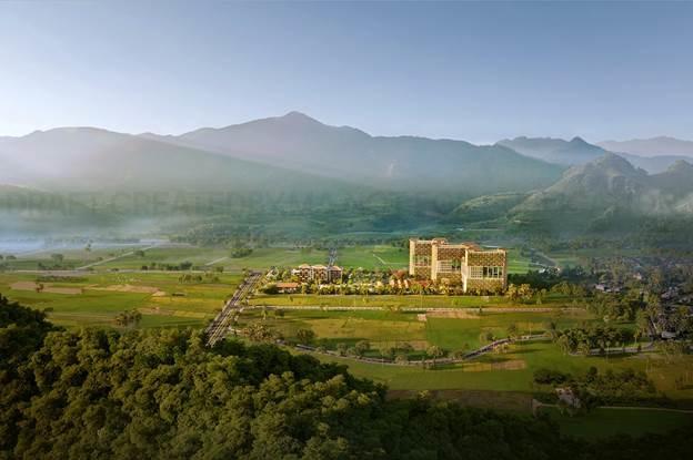 Apec Mandala Sky Villas ẩn hiện giữa làn khói trắng bảng lảng của thiên nhiên Hòa Bình.