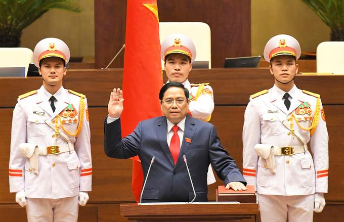 Tân Thủ tướng Phạm Minh Chính tuyên thệ nhậm chức chiều 5/4. Ảnh: Hoàng Phong.
