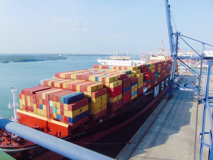 Một tàu hàng 15.000 teu cập cảng SSIT, thuộc cụm cảng Cái Mép - Thị Vải ngày 22/3. Ảnh: SSIT.