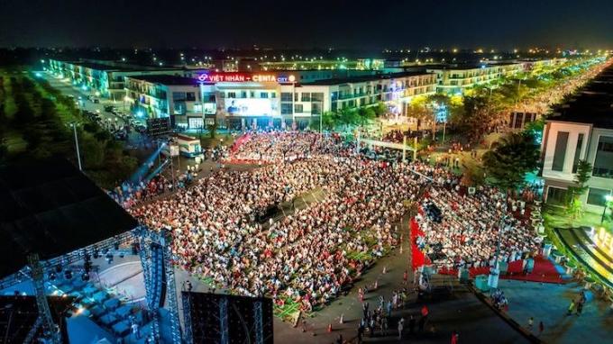 Những sớm mai Việt Nam dự kiến thu hút khoảng 30.000 người yêu thích nhạc Trịnh.