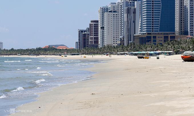 Khách sạn gần bãi biển Mỹ Khê, Đà Nẵng. Ảnh: Nguyễn Đông.
