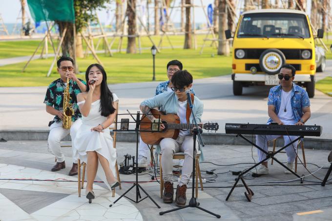 Chương trình trải nghiệm âm nhạc tại sự kiện ngày 17/4 vừa qua. Ảnh: Quỳnh Trần.