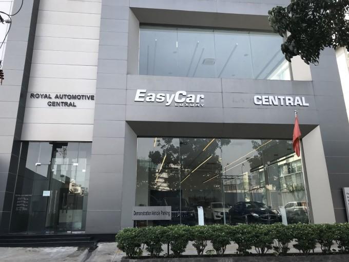 EasyCar Luxury: tại Thành phố Hồ Chí Minh và Thủ đô Hà Nội