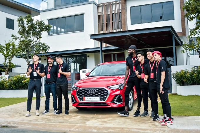 Các cầu thủ Thang Long Warriors tham dự sự kiện Họp báo Ra mắt xe Audi Q3.