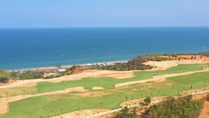 Sân golf PGA Ocean độc quyền 18 hố tại NovaWorld Phan Thiet đã đưa vào vận hành trong tháng 4/2021. Ảnh: Novaland.