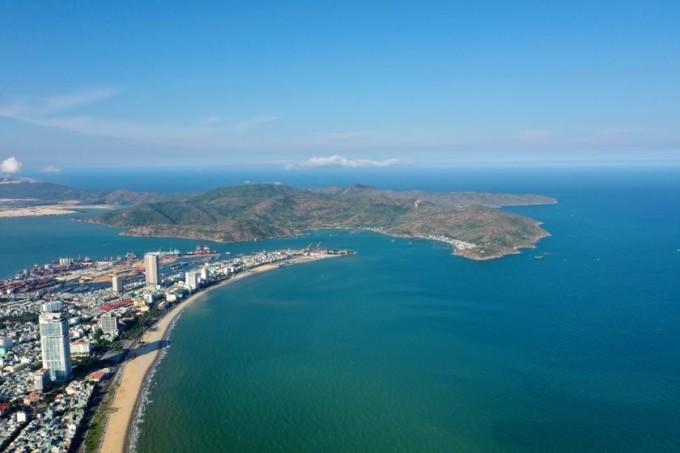 Nhờ sở hữu cảnh đẹp hoang sơ, những dự án du lịch nghỉ dưỡng ven biển Quy Nhơn tỷ lệ lấp đầy cao. Ảnh: BCG Land.