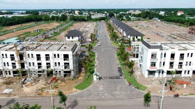 Dự án đã hoàn thiện hạ tầng và đang trong quá trình xây dựng. Ảnh: Thời Đại Land.