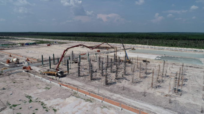 Nhiều nhà đầu tư thứ cấp đang tiến hành xây dựng nhà máy tại khu công nghiệp Minh Hưng Sikico. Ảnh: Minh Hưng Sikico.