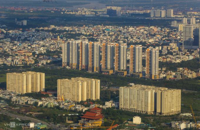 Thị trường nhà chung cư khu Đông TP HCM. Ảnh: Quỳnh Trần.