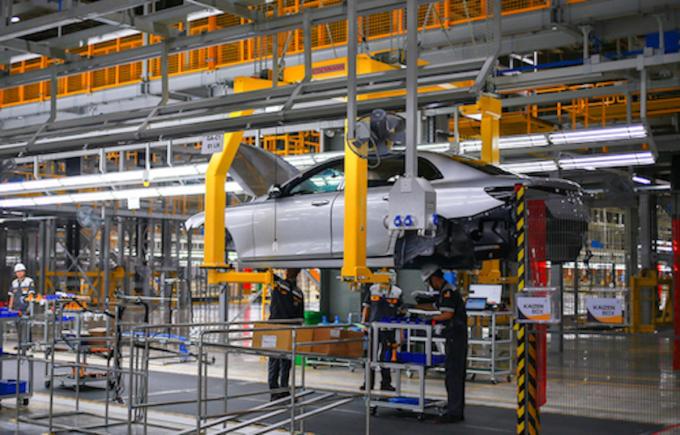 Sản xuất ôtô tại Vinfast. Ảnh: Giang Huy