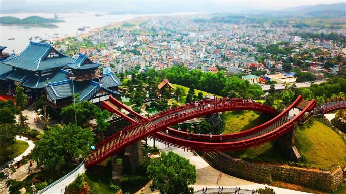 Sun Marina Town giải bài toán kinh doanh lưu trú xa xỉ ở Quảng Ninh