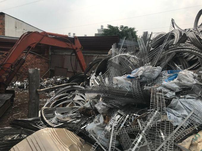 Công ty Quang Tuấn thu mua tất cả các loại phế liệu.