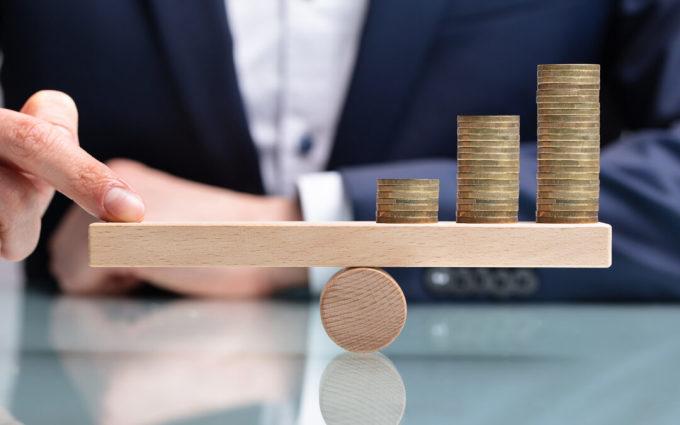 Đòn bẩy tài chính mang lại nhiều lợi ích cho nhà đầu tư. Ảnh: AndreyPopov.