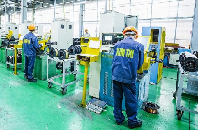 Công nhân làm việc trong nhà máy của Kim Tín. Ảnh: Kim Tín.