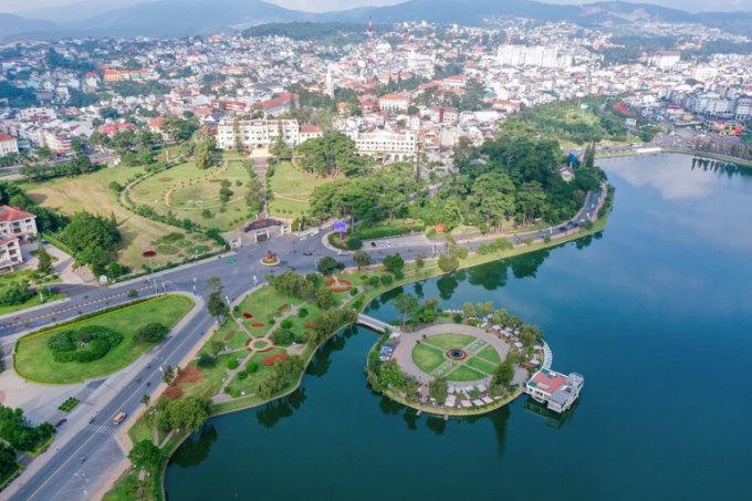 Thành phố Đà Lạt nhìn từ trên cao. Ảnh: Thụy Trang
