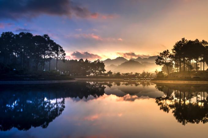Khí hậu mát mẻ và trong lành tại Mộc Châu.