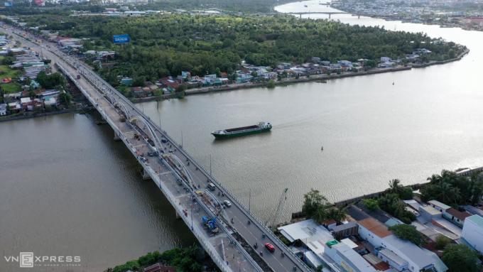 Một góc cầu Quang Trung bắc qua sông Cần Thơ. Ảnh: Cửu Long