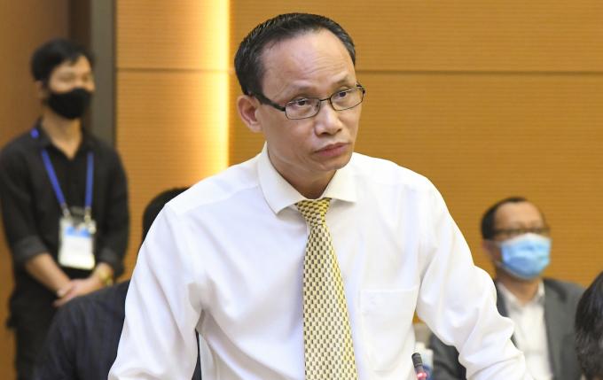 Tiến sĩ Cấn Văn Lực - chuyên gia kinh tế trưởng Ngân hàng BIDV. Ảnh: Minh Thành