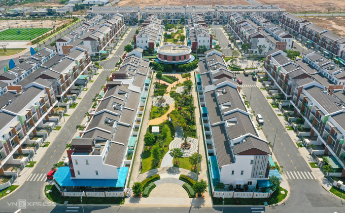 The reason why satellite urban real estate attracts capital